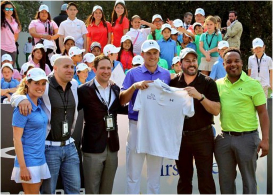 Jordan Spieth in his First Tee Mexico golf clinic at WGC Mexico Championship sponsored by Under Armour. On his right Mr. Benjamin Salinas, President of WGCMC and Chairman of FTM; on his left Mr. Agustin Pizá, director of FTM. With Under Armour directors.